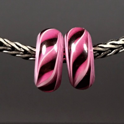 PR102 - Pink Lampwork Glass Bead Pair